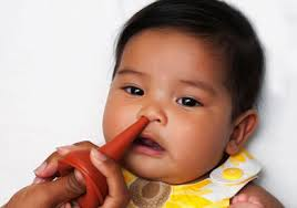 ways to use a bulb syringe to clear a stuffy nose of your baby