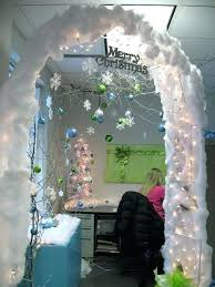 9 christmas decoration ideas for the office winter wonderland