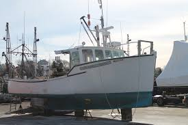 Hard Merchandise Tuna Boat Sinks by Photos Survival Of The Fishermen