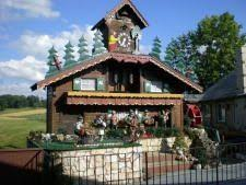 Worlds Largest Working Coocoo Clock Sugar Creek Ohio Find This Pin And More On SUGARCREEK AMISH MYSTERY