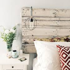 Steps To Build A Rustic Whitewashed Pallet Headboard