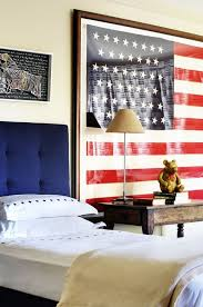 Show Style Spirit With An Oversized Flag