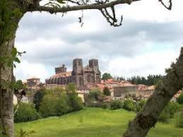 abbaye de la chaise dieu la chaise dieu tourisme vacances week end