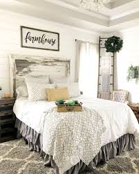 Rustic Farmhouse Style Master Bedroom Ideas 48