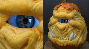 Scariest Pumpkin Carving by Real Moving Eyeball Cyclops Scariest Halloween Pumpkin Ever