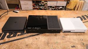 Modder Builds Xbox One PS4 Hybrid