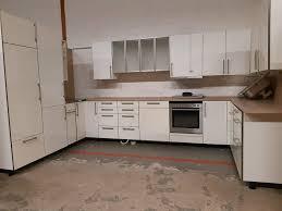 moderne u form küche in weiß inkl geräte sofort zum mitnehmen