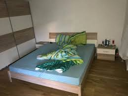 schlafzimmer schrank bett nachttische