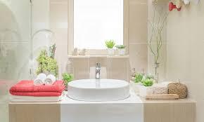 waschbecken im badezimmer und in der küche reinigen das haus