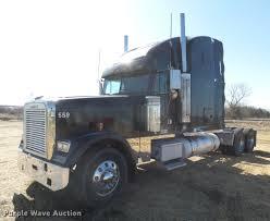 2007 Freightliner FLD132 XL Classic Semi Truck | Item DX9083...