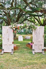24 Fabulous Rustic Old Door Wedding Decoration Ideas See More