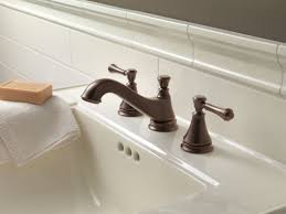 Delta Antique Bronze Bathroom Faucets by Faucet Com 3595lf Pnmpu Lhp In Brilliance Polished Nickel By Delta