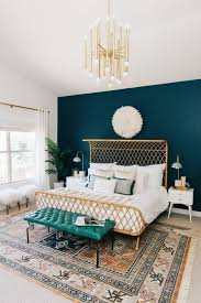 Blue Bedroom Wall by Best 25 Green Master Bedroom Ideas On Pinterest Green Bedroom