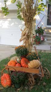 Halloween Yard Decorations Pinterest by 48 Best Corn Stalk Decor Images On Pinterest Corn Stalks Fall