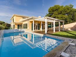 Holiday Villa Rentals And Holiday Apartments For Rent With Private