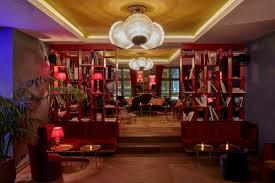 schöne kleine bar direkt im hotel boilerman bar münchen