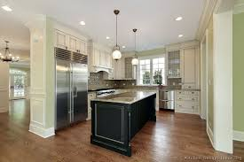 White Traditional Kitchen Design Ideas by Black And White Traditional Kitchen Kitchen And Decor