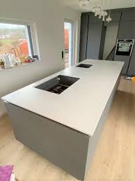 küchenarbeitsplatte aus granit keramik quarz quarzit