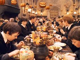 Cast Of Halloweentown by 31 Halloween Movies To Watch This October Her Campus