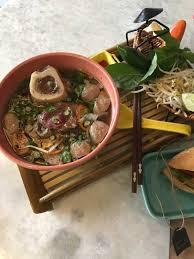 tres cuisine restaurant review banh mi tres bon does food proud