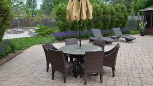 What to Ask a Contractor Installing Patio Pavers