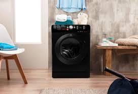 odeur linge machine a laver le linge qui sort de la machine sent mauvais que faire but