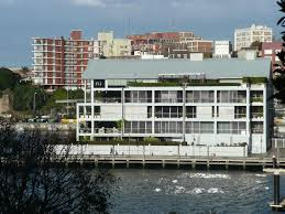 100 Woolloomooloo Water Apartments Luxury Apartments At The End Of Wharf Flickr