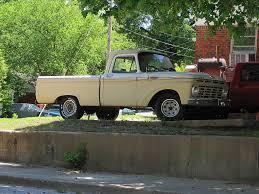File:Pickup Truck Binghampton Memphis TN 2013-05-12 019.jpg ...