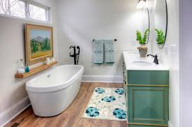 Small Bathroom Remodel 8 Tips 30 Small Bathroom Before And Afters Hgtv