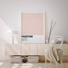 pantone poster pantone pastell rosa farbe minimalistische wohnzimmer dekoration skandinavischewohnzimmer nordischen stil