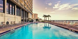 Ocean Deck Restaurant In Daytona Beach Florida by Holiday Inn Express U0026 Suites Oceanfront Daytona Bch Shores Hotel