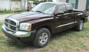 2005 Dodge Dakota SLT Extended Cab Pickup Truck | Item C2287...