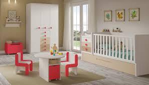 but chambre bébé davaus chambre bebe evolutive but avec des idées