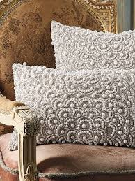 Decorative Lumbar Pillows For Bed by Best 25 Decorative Pillows Ideas On Pinterest White Decorative