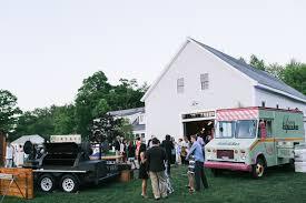 100 Cupcake Food Truck Farm Reception Dessert