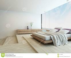 modernes schlafzimmer mit boden zu den deckenfenstern stock