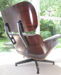 Vintage Eames Lounge Chair For Herman Miller. Rosewood She ... Two Vintage Eames Lounge Chairs And Ottomans Ottomen In Alinum Group Alugroup Chair By Ch R For Herman Miller Table Chair Ding Room Antique Vintage Clothing Europe Rosewood Lounge Ottoman At 1stdibs Fritz Hansen Wing Cushion Dark Charles Ray Eames Stool From Excellent Original Brazilian Vitra An Fabric Really Fauteuil Rocking Chairs Chaise Longue