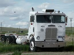 Narrow Cab Freightliner COE | Ole Big Rigs Never Forgotten ...