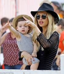 Pumpkin Patch Animal Farm In Moorpark California by Rachel Zoe Treats Sons Skyler And Kaius To A Day Of Fun At The