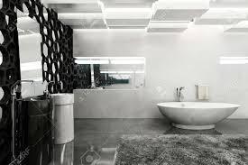 moderne badezimmer mit weißen wänden grau teppich und schwarzen wabendekor 3d rendering