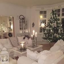 60 Simple Living Room Christmas Decorations Ideas 29