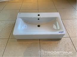 ideal standard waschbecken im badezimmer troostwijk