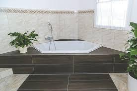 eckbadewanne platzsparender einbau in ihrem bad aroundhome