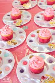 What A Cute Way To Serve Up Cupcakes At Kids Party They Can Decorate Turns Them Into An Activity Of Their Own