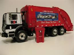100 First Gear Garbage Truck RDK Rear Load Trash Truck 134 RDK Flickr