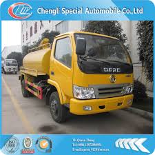 100 Septic Truck 95hp Dpngfeng 4000l City Tank
