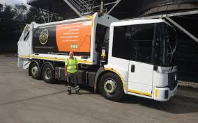 100 Garbage Trucks In Action New Electric Rubbish Lorries Powered By The Waste They Collect