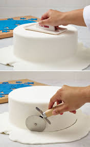 Wilton Decorator Preferred Fondant Michaels by Best 25 Fondant Smoother Ideas On Pinterest Wilton Piping Tips