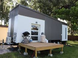 100 Storage Unit Houses Photos That Show The Ugly Truth Of Living In A Tiny House
