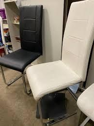 4 stühle esszimmer schwingstühle in schwarz und weiss